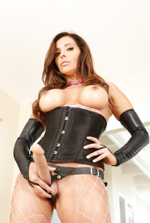 Busty Latina Francesca Le posing in leather and latex outfit