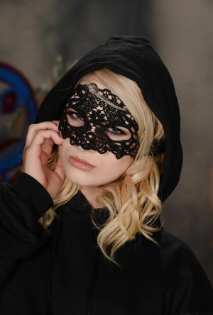 Masked blonde teen Aubrey Gold posing perfectly toned body in lingerie