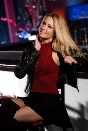 Blonde solo girl Jessica Drake exposing perfect pornstar tits in a skirt 95763602