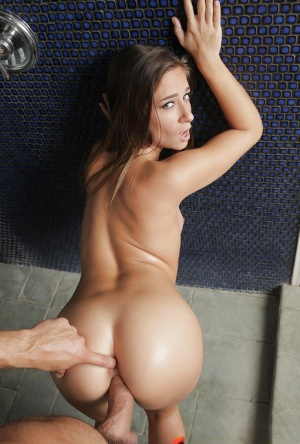 Charming brunette Cassidy Klein gets her back oiled before getting cunt fucked
