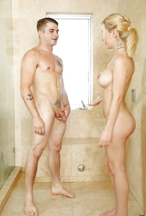 Tiny blonde girl Bibi Noel undressing man to give reach around handy and BJ 40343896
