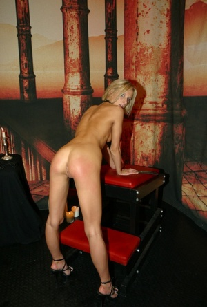 European stunner with blond hair and tiny boobs Diana Pink toys her hot snatch
