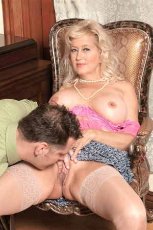 Older blonde lady Marina Johnson hikes her skirt to seduce a younger lover 75782530