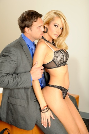 Affy MILF in lacy lingerie Jessica Drake gets fucked in the office 56461761