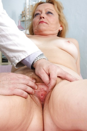 Fat Mature gets her asshole stretched amp shit shoved in her hairy cunt 63466983