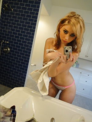 Sexy babe Molly Bennett stripping in the bath and picturing herself