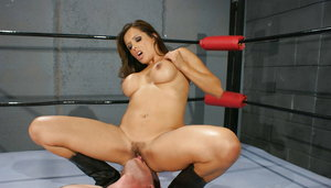 Hot latina MILF Francesca Le gets her pussy licked and drilled hardcore