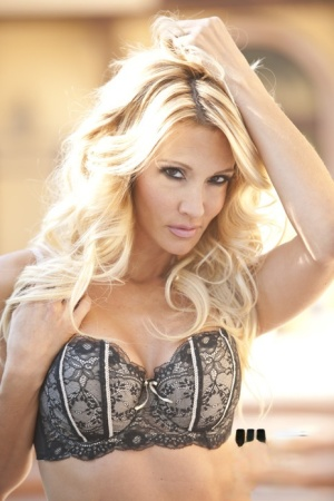 Blonde busty MILF Jessica Drake stripping off her lingerie outdoor