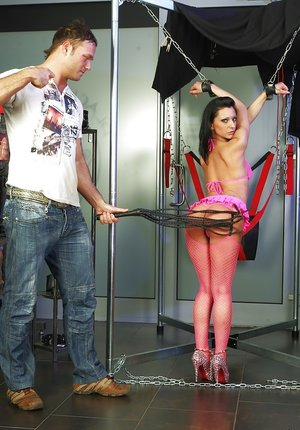 Submissive brunette on high heels gets tortured and roughly fucked 86107844