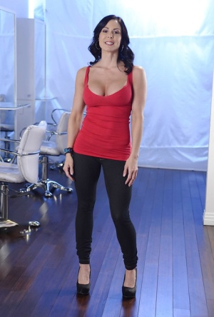 Raven-haired MILF Kendra Lust slowly uncovering her gorgeous curves 80392108
